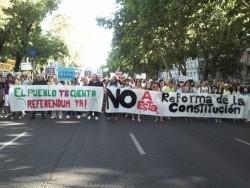 El 15-M saca a la calle a miles de personas en contra de la reforma constitucional para limitar el déficit