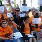 Los servicios sociales se han recortado en 2.200 millones de euros desde 2011 a 2013