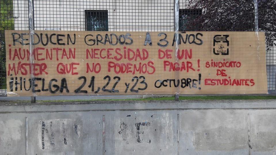 Los estudiantes se manifiestan en más de 30 ciudades contra la política educativa