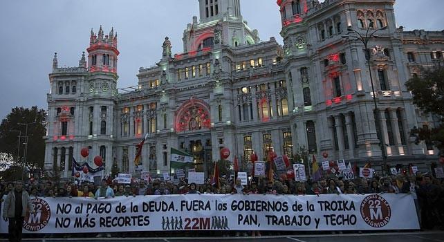 """La Dignidad toma las calles para """"echar a un Gobierno corrupto"""""""