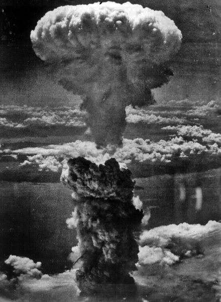 En recuerdo a las víctimas de la bomba atómica de Hiroshima