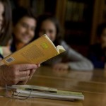 """Bibliotecas escolares """"fazem leitores de literatura"""""""