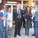Realizan el primer trasplante hepático de vivo adulto a un bebé por laparoscopia en España