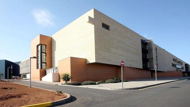 Sanidad recalca que el Hospital de Fuerteventura ya dispone de la plaza de oncólogo consolidada