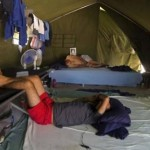 Denuncian abusos deliberados en centro australiano de inmigrantes en Nauru
