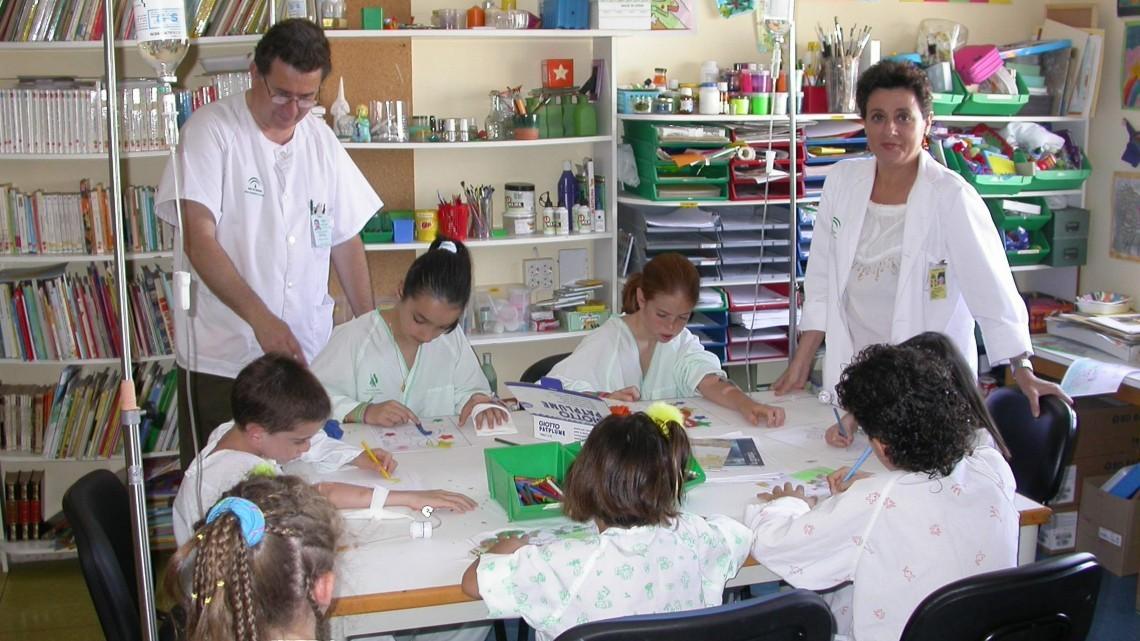 AULAS HOSPITALARIAS: El colegio también llega al hospital