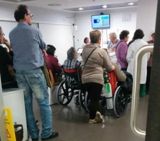 """Vinculan el diseño del Cunqueiro al """"colapso"""" en las Urgencias"""