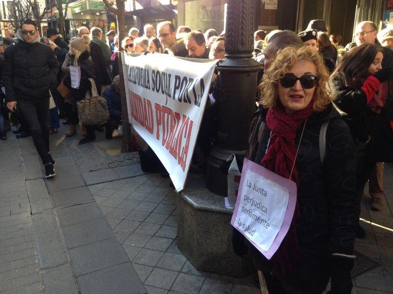 León sale a la calle para denunciar los recortes de personal sanitario