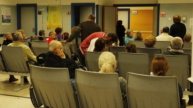Una mujer de 88 años pasa 28 horas en una butaca en el hospital de Jerez