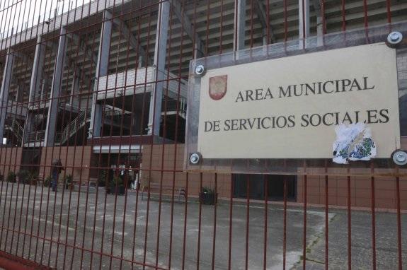 IU-Mérida afirma que el convenio sobre Servicios Sociales de Atención Básica incumple la Ley de Servicios Sociales de Extremadura.