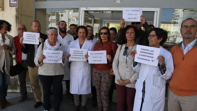 Un administrativo del centro sanitario de Adoratrices sufre una agresión