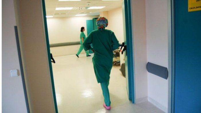 Sanidad hará interinos en dos fases a más de 5.200 eventuales este año